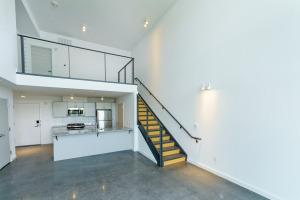Interior - Apt. 305